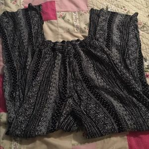 Forever 21 Bottoms Small